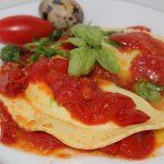 Ravioli crema di spinaci e uova di quaglia